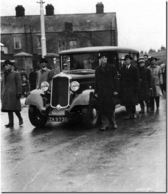 larkin funeral approaching Glasnevin