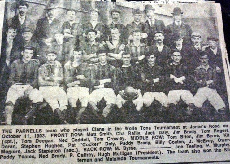 'Cocker' Daly can be seen at the centre of this 1903 team photo.