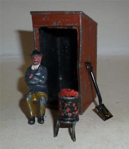 02 watchman hut figure