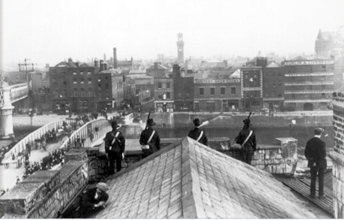 Irish Citizen Army , roof of Liberty Hall .