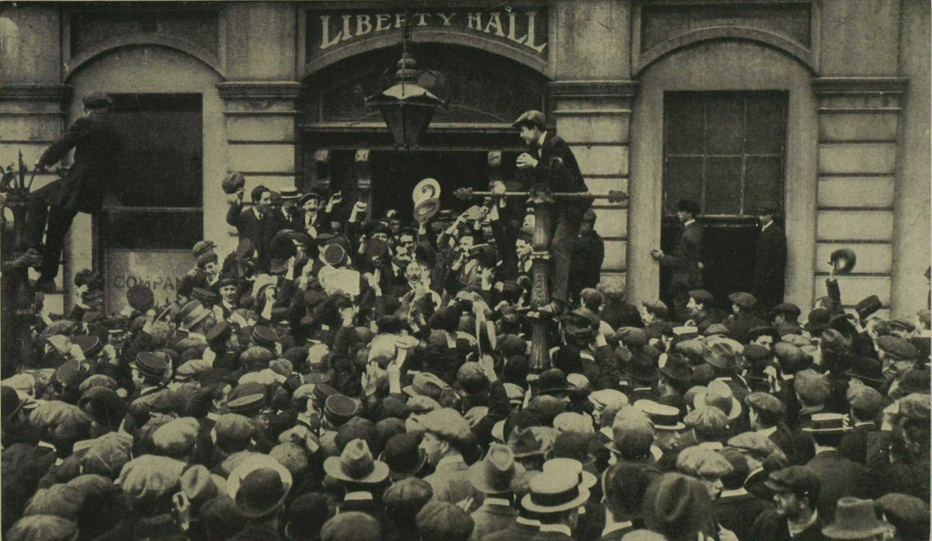 Rally at  Liberty Hall 1913